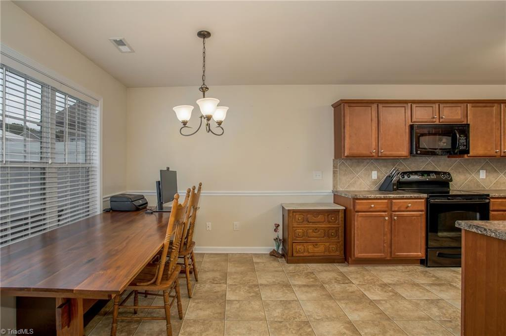 654 Chas Court Property Picture 18