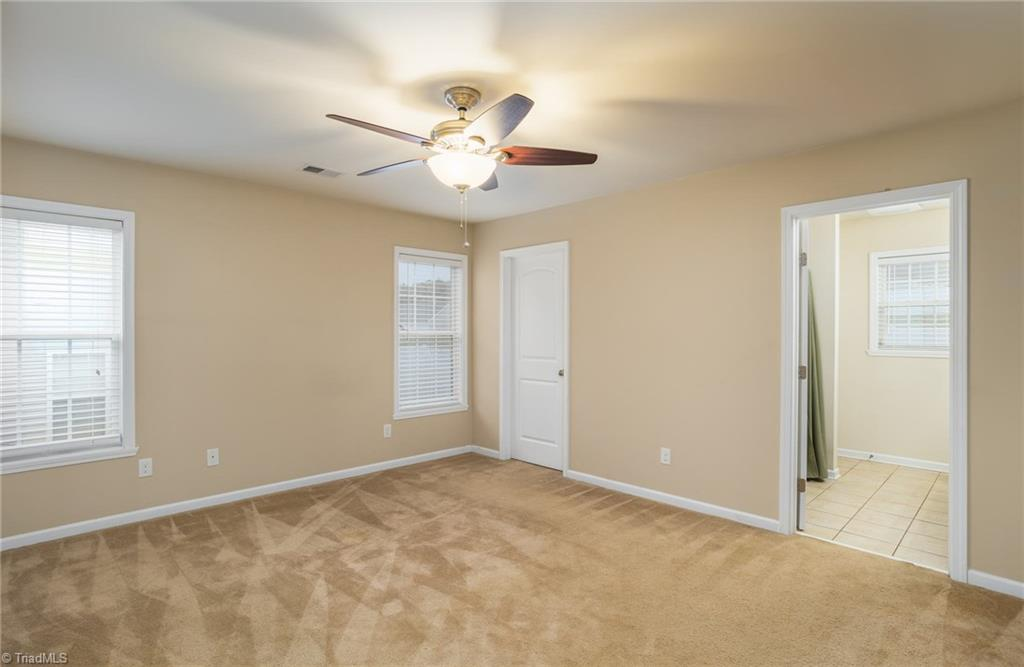 654 Chas Court Property Picture 24