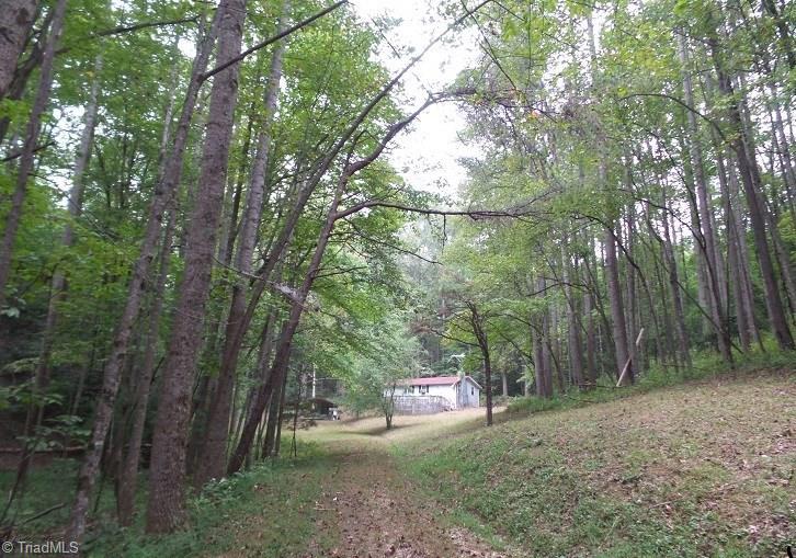 8902 Haystack Road Property Photo