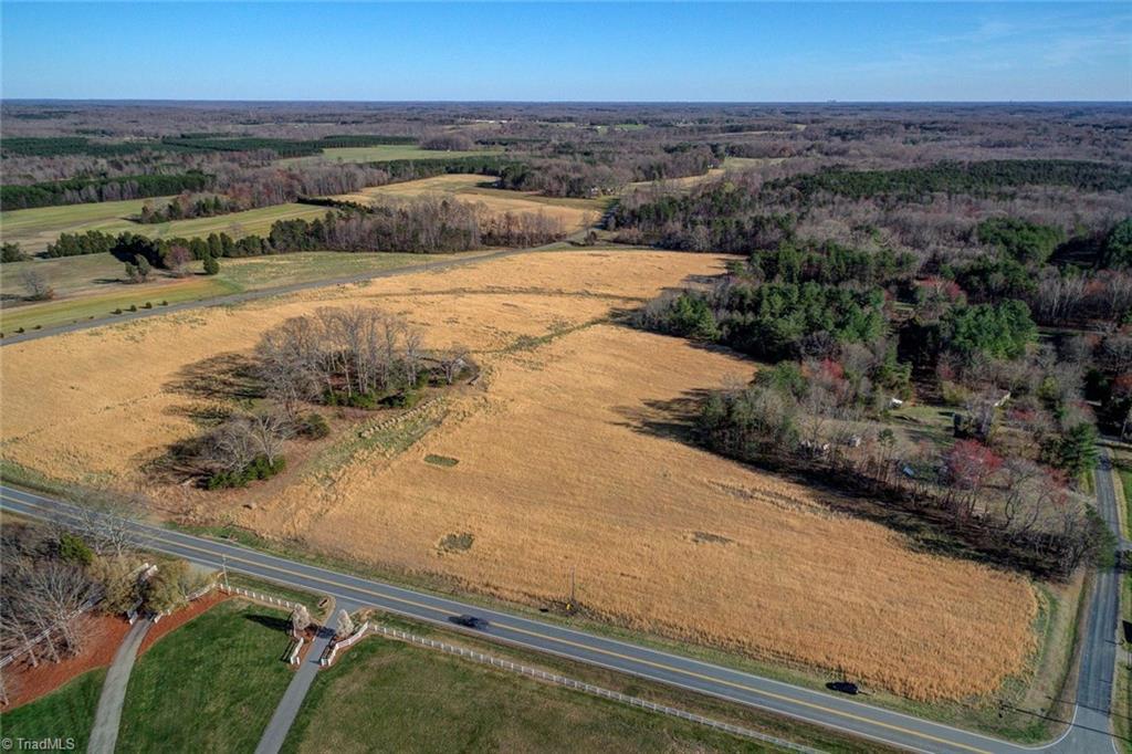 7960 Nc Highway 65 Property Photo