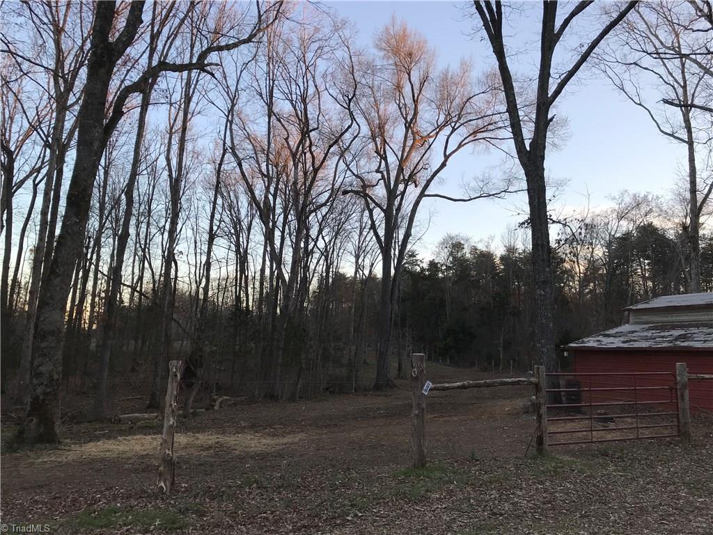 1333 Broadwood Acres Road Property Photo