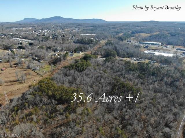 577 Lynchburg Road Property Photo