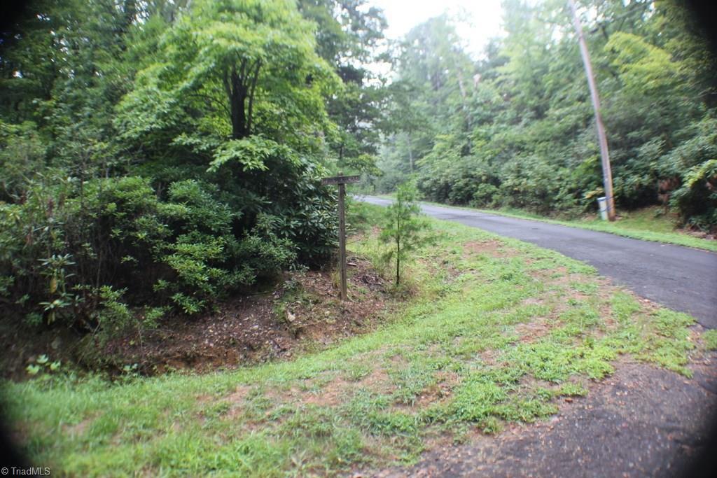 7 Hillside Lane Property Photo