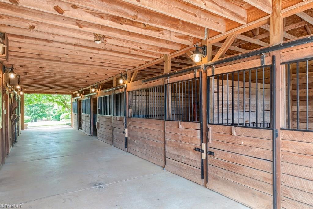 172 Tuckertown Road Property Photo 16