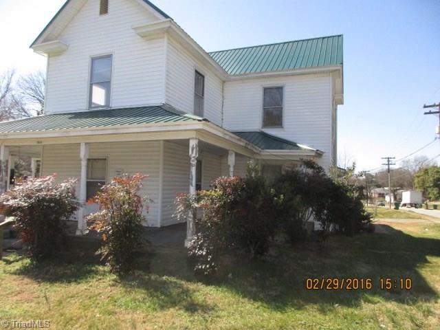 302 Dahl Street Property Photo 1