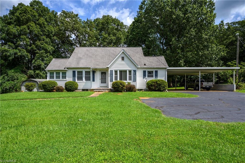 520 W King Street Property Photo 1