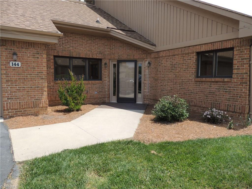 144 Willowbrook Place Property Photo