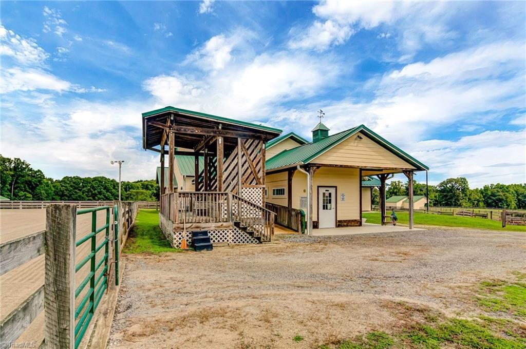 7600 Millbrook Road Property Photo 15
