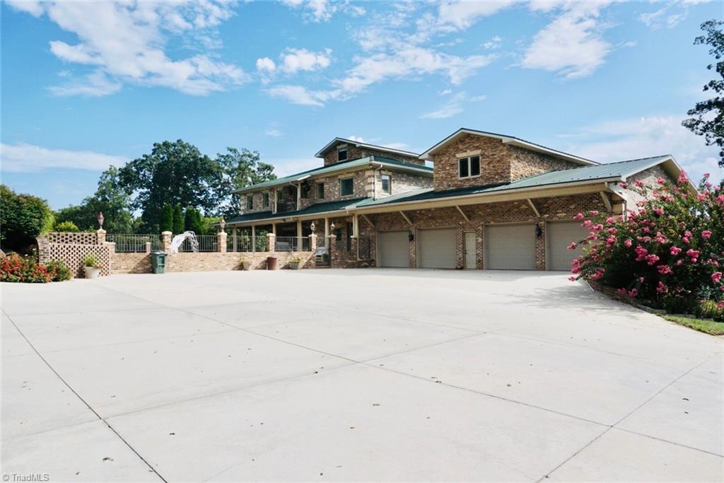 1525 Blythe Drive Property Photo 47