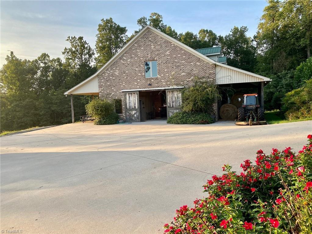 1525 Blythe Drive Property Photo 49