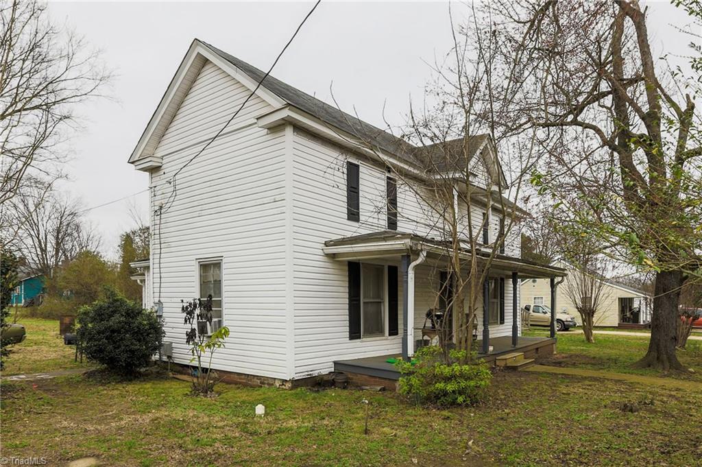 302 Irma Avenue Property Photo 1