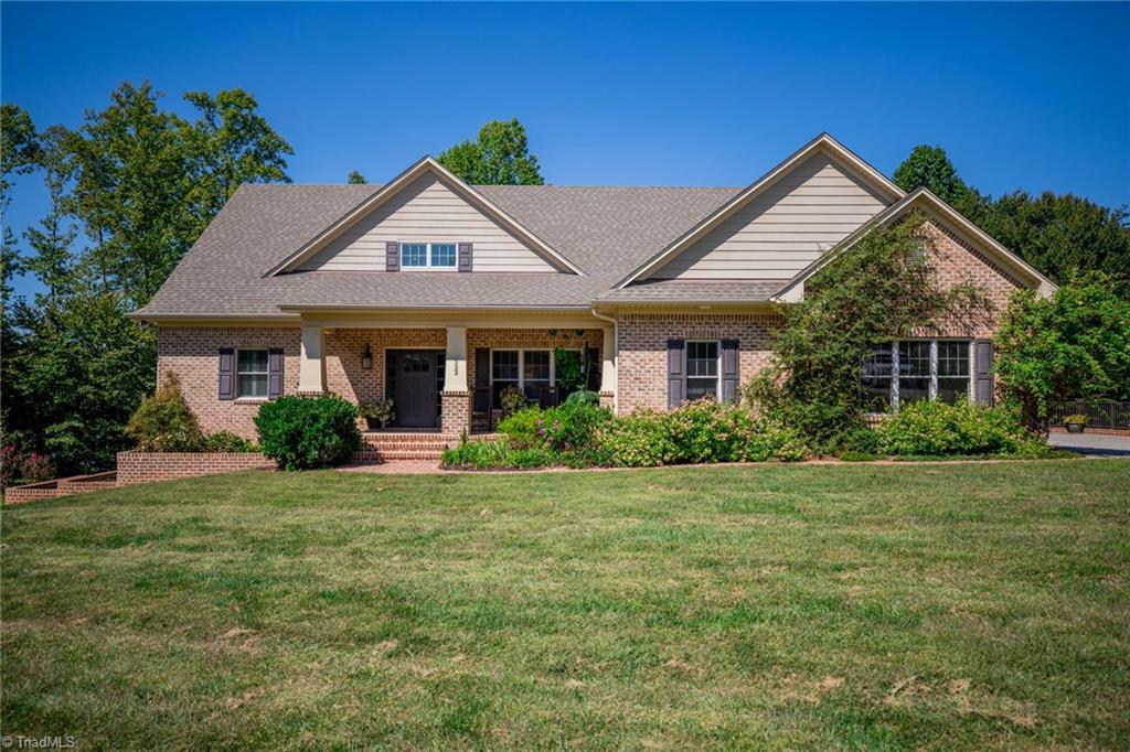 332 Leeward Drive Property Photo