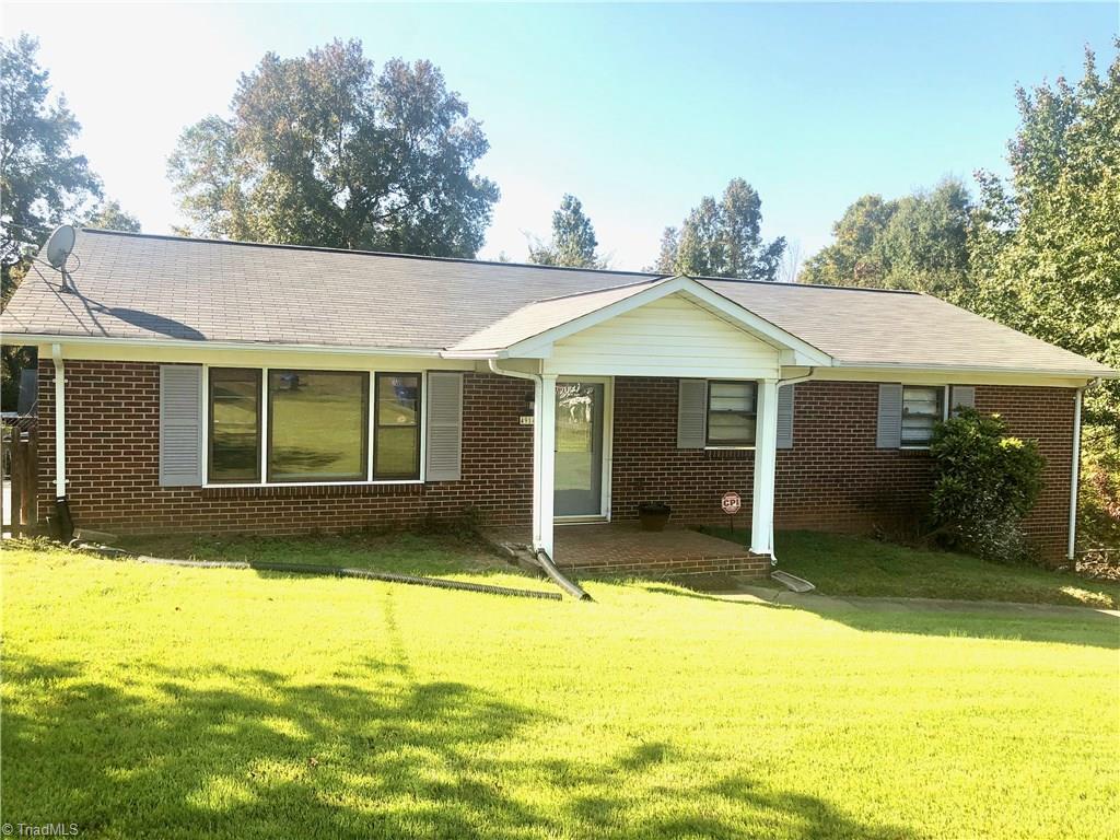4914 Southwin Drive Property Photo 1