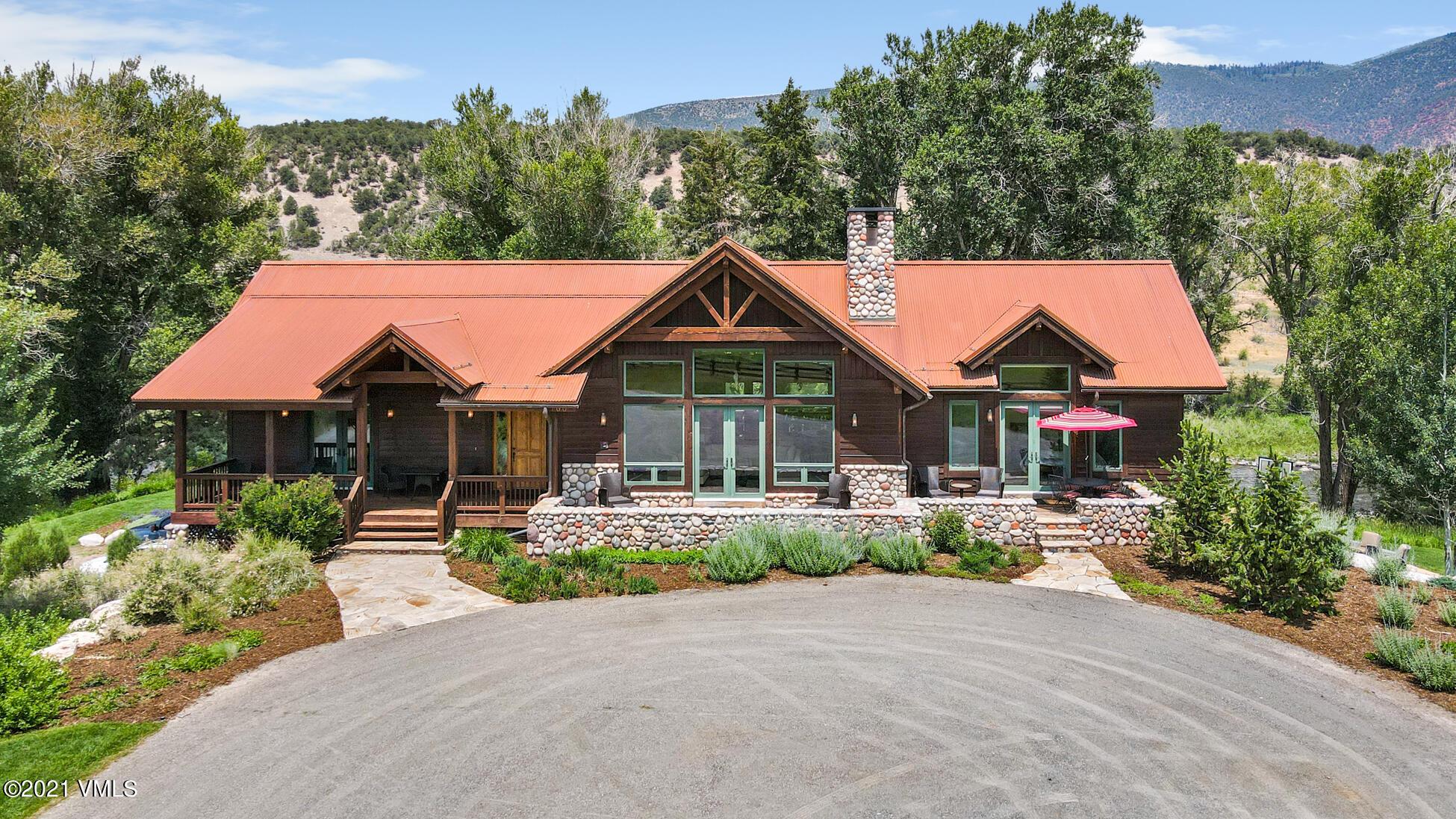 700 W Diamond Star Road Property Photo 1