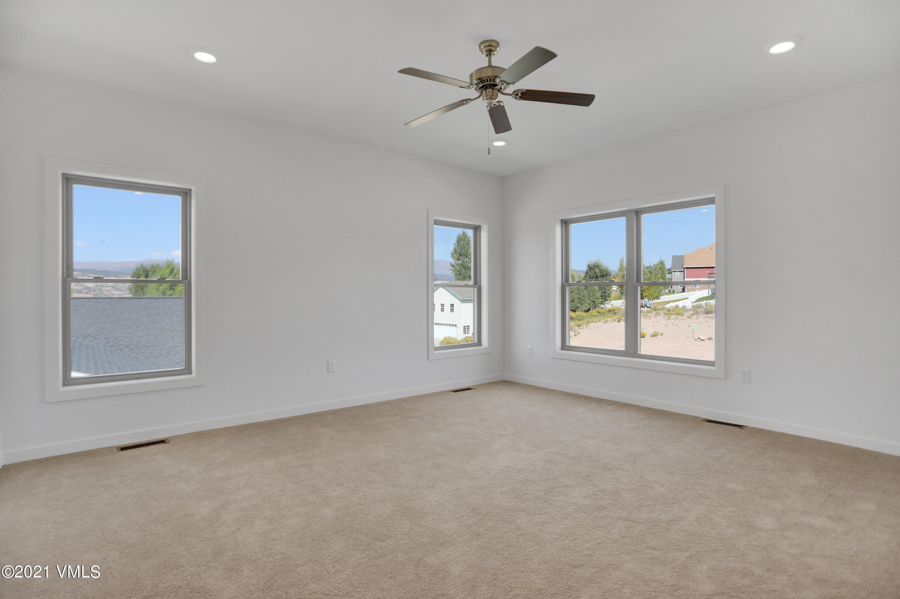 210 Bowie Road Property Photo 18